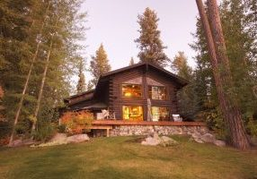 log home canstockphoto1275737